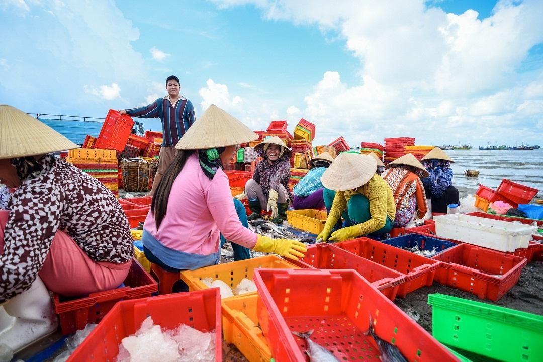 Cho lang chai Phuoc Tinh